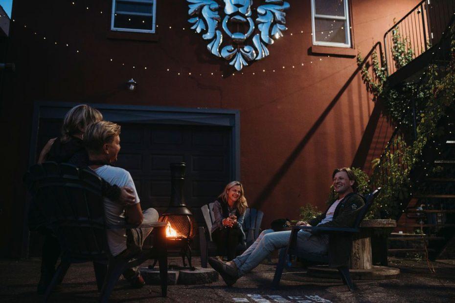 outdoor patio hotel motel hostel